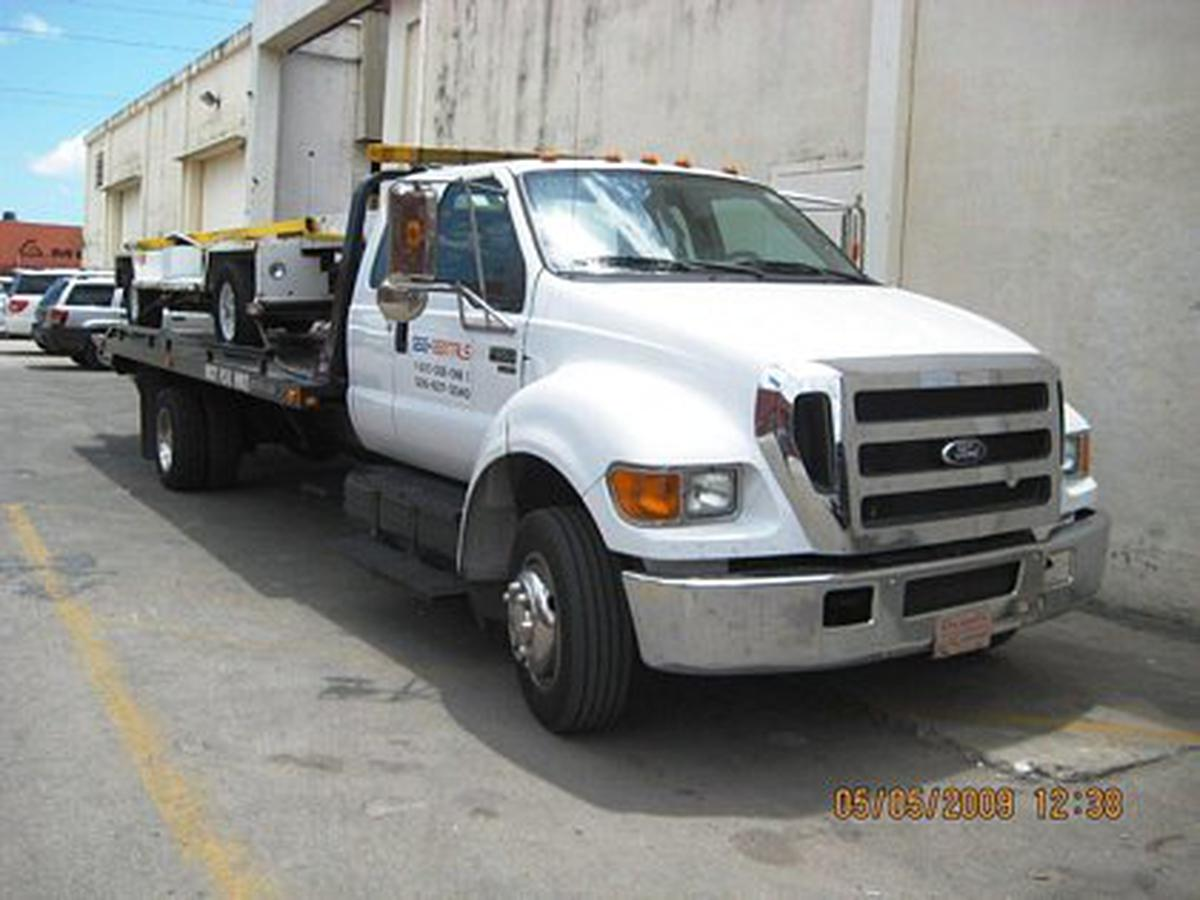 2007 Ford F-650 Jerr Dan Roll Back